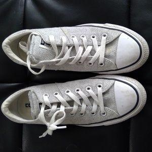Womens Converse Size 9
